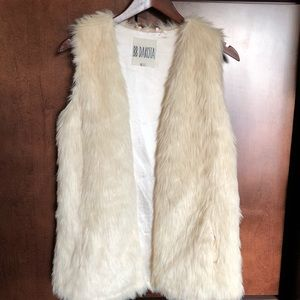 BB Dakota Ivory Fur Vest